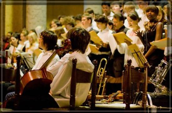 School orchestra at DFG-LFA