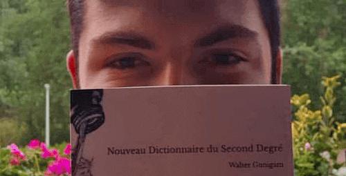 Walter Gonigam et son livre (photo: W. Gonigam)